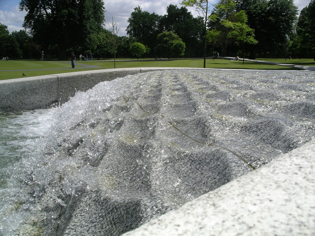 spectacular water feature, hyde park, princess diana fountain, kathryn gustafson